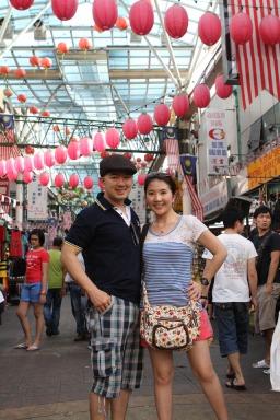 Pose dulu sebelum masuk Chinatown KL :D